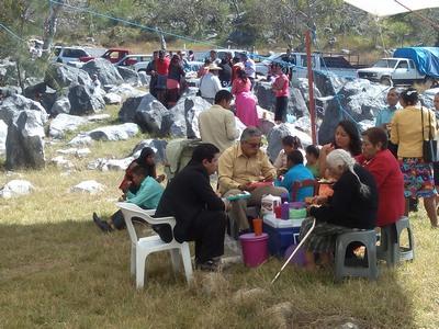 Picnic lunch, Teloloapan, Mexico