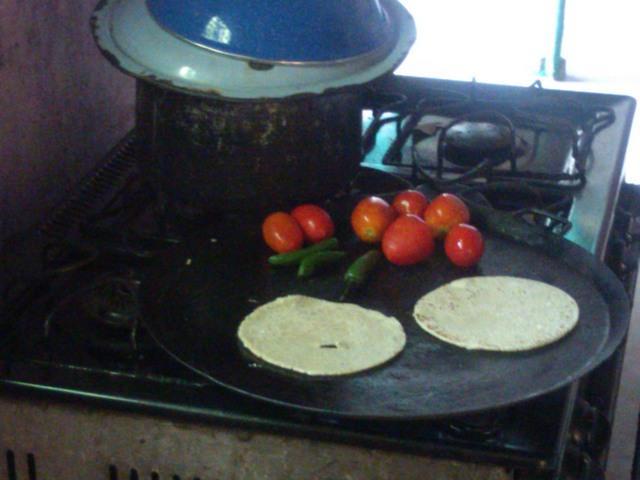 Tortillas coming, El Ocotito, Mexico