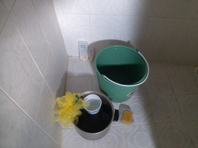 Bucket shower supplies
