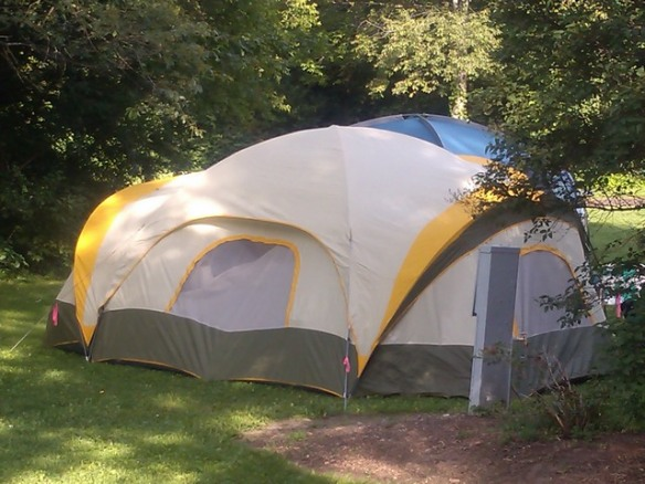 Supersize tent